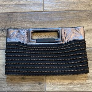 BCBGMAXAZRIA Zipper Cutout Handle Clutch